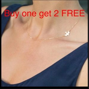 Jewelry - Bird dove gold plated necklace